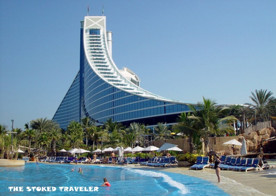 jumairah_beach_hotel.jpg